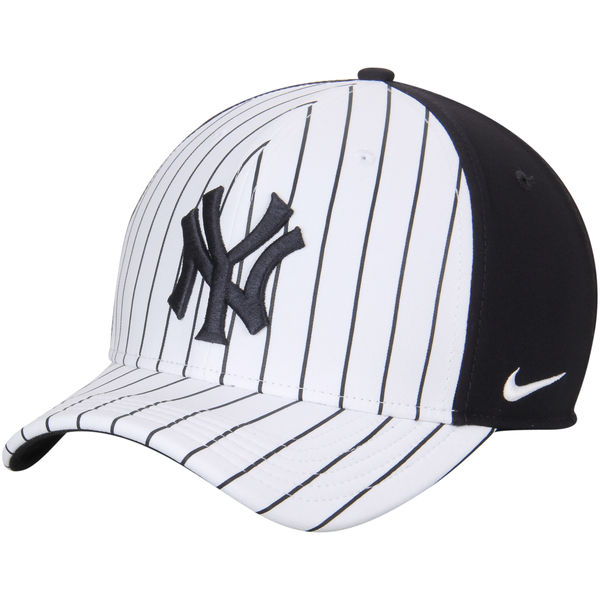 New York Yankees Nike Color Vapor Classic Adjustable Performance Hat ... 52e5ff087f1