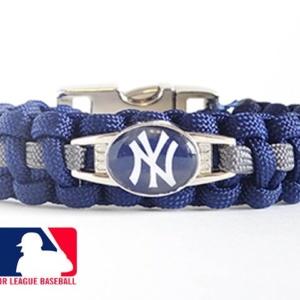 OFFICIALLY LICENSED MLB NEW YORK YANKEES PARACORD BRACELET