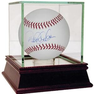 Derek Jeter Signed MLB Baseball (MLB Auth)
