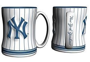 Yankees Logo White & Navy Pinstripe Mug