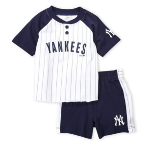 NEW YORK YANKEES (Toddler Boys) Two-Piece Raglan Sleeve Tee & Shorts Set