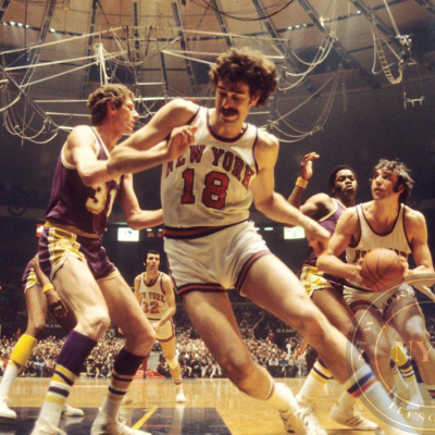 THE KNICKS WITH PHIL JACKSON ON THE COURT.