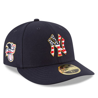Men s New York Yankees New Era Navy 2018 Stars   Stripes 4th of July  On-Field Low Profile 59FIFTY Fitted Hat– 9a598dd47a2