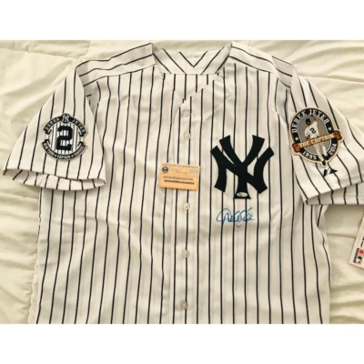 Derek Jeter Signed Jersey Yankees Game With Captain & #2 Patches