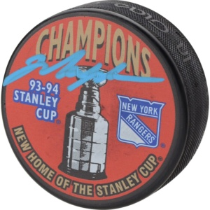 Autographed New York Rangers Mark Messier 1994 Stanley Cup Champions Hockey Puck