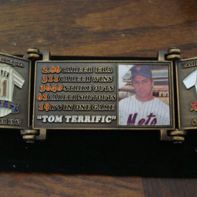 Tom Seaver Hall Of Fame Tri Fold Pin