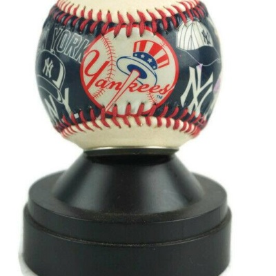New York Yankees World Series Commemorative Rawlings Baseball Clock