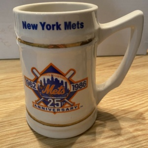 "NEW YORK METS ""WORLD CHAMPIONS"" STEIN MUG"