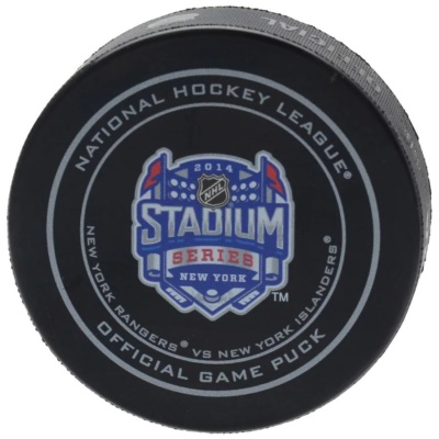 New York Rangers vs. New York Islanders 2014 NHL Game Puck