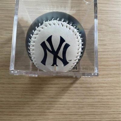 Derek Jeter baseball